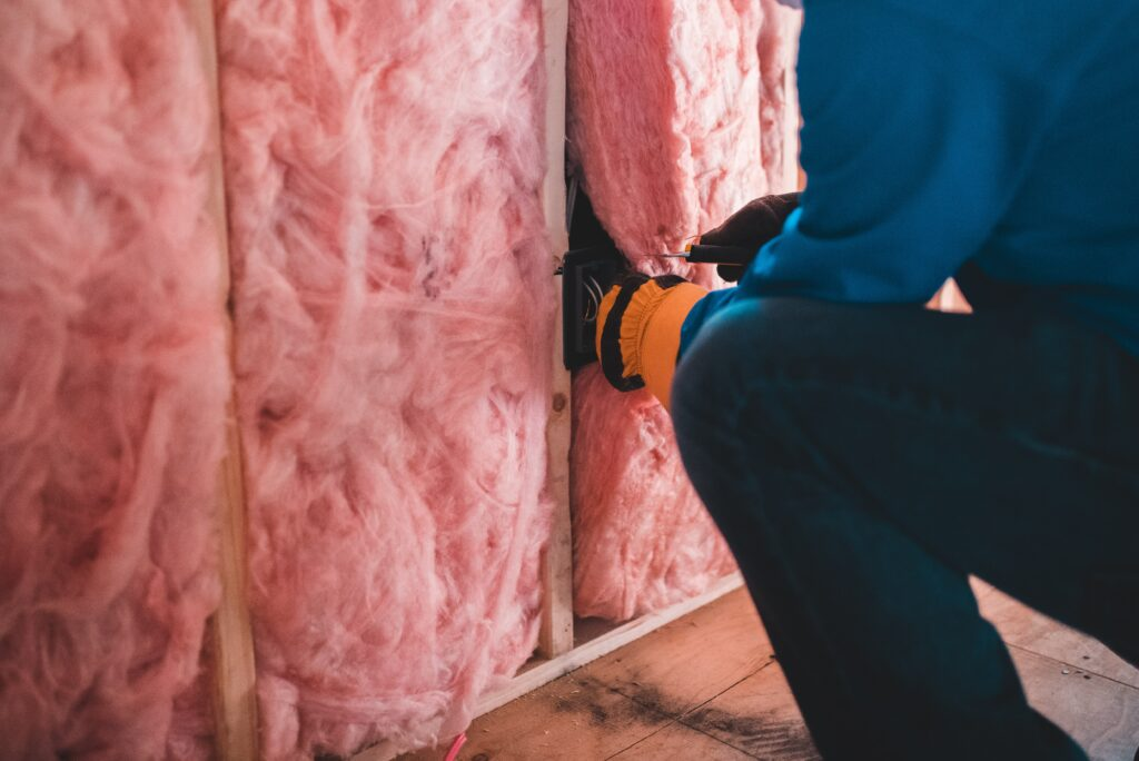 3 renovation rebates in Alberta that will save you money. Find out if you qualify and learn how to apply.